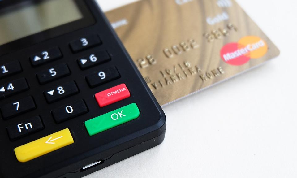 Is het betalen met contant geld een uitstervend fenomeen?